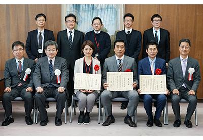 「平成30年度近畿農政局輸出に取り組む優良事業者表彰」表彰式写真